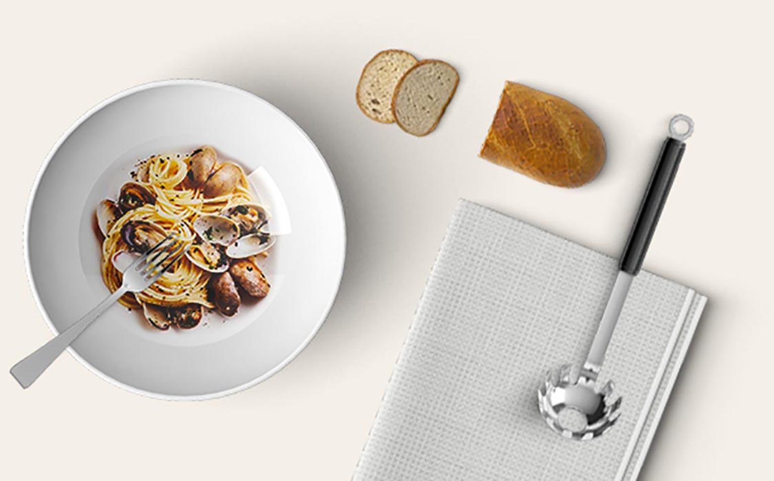 Spaghetti con la colatura di alici di Delfino Battista